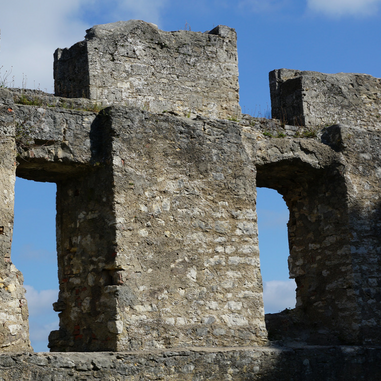 castle ruin (1).png